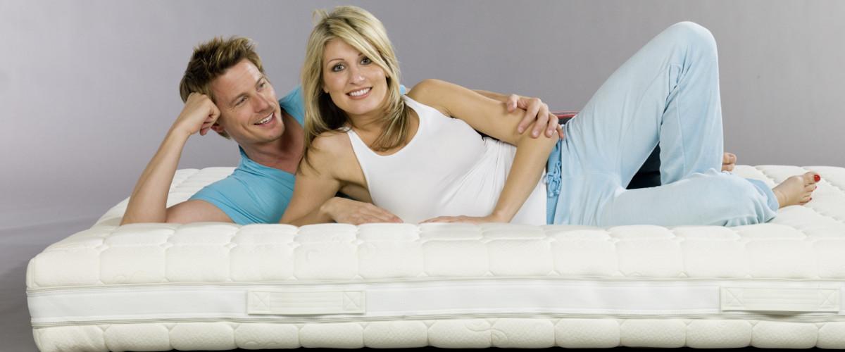 matratzen dulle komfortbetten. Black Bedroom Furniture Sets. Home Design Ideas